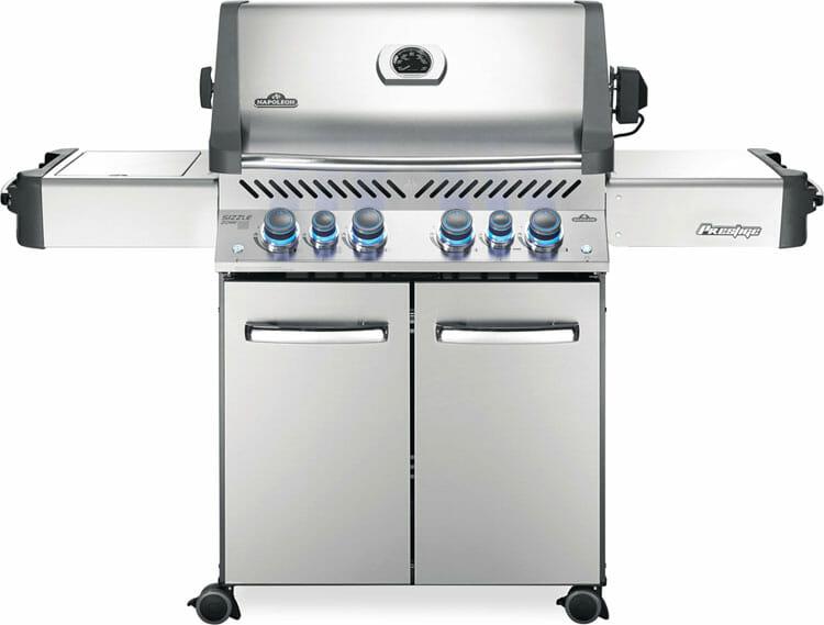 Prestige 500 grill by Napoleon